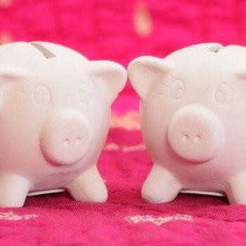 zwei Sparschweine