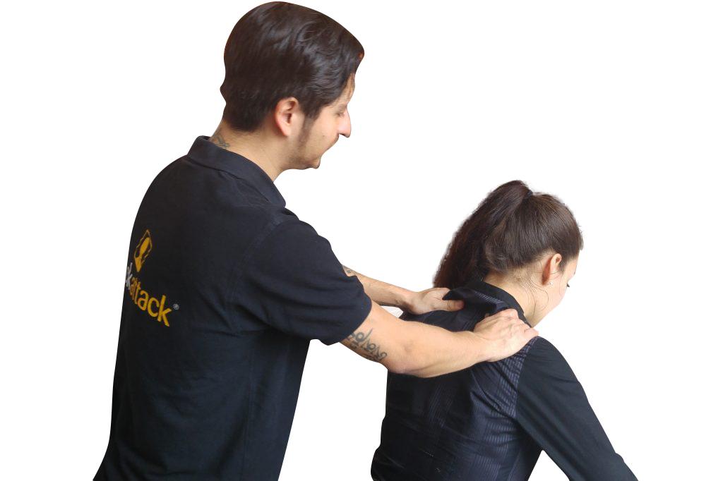 oficina masaje fondo blanco ataque de cuello