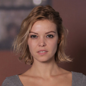 noemi masseurin in berlin 300