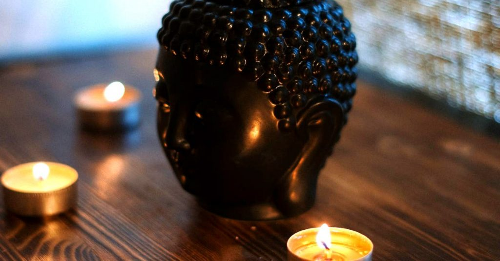 Thai-Massage-Hamburg-Kerzen und Entspannung mobil neckattack